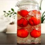 プラム酢の作り方やレシピ、人気の飲み方を紹介